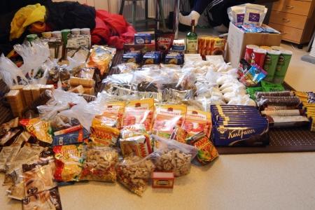 Pääosa kahden hengen ruuasta kolmen viikon hiihtovaellukselle 2011.